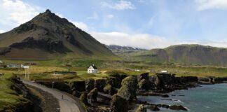 Care este capitala Islandei?
